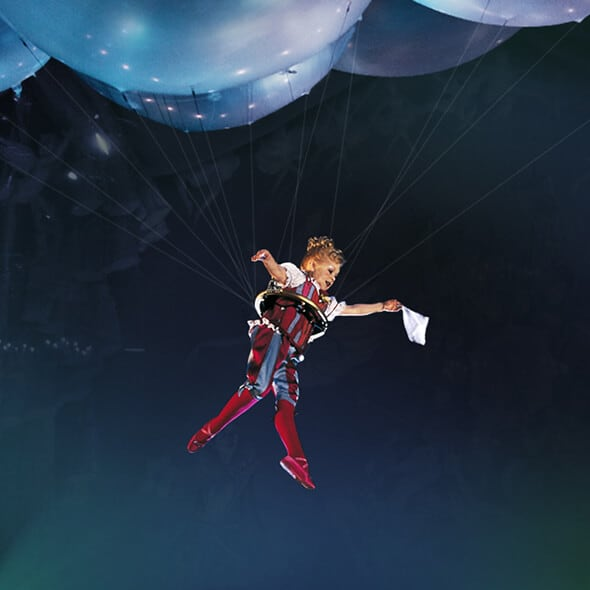 The Helium Dance act from Corteo