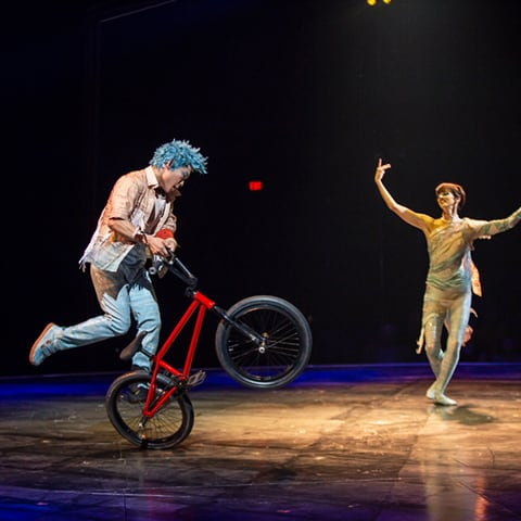 The Flatland & Ballet Duo act from the show VOLTA